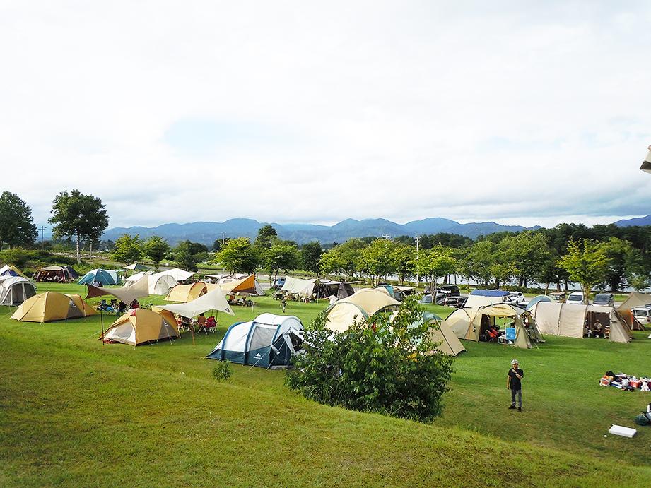 フリーサイト | サンビレッジ徳良湖オートキャンプ場