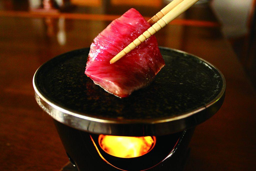 尾花沢牛ロース石焼セット | ステーキ&洋食 レストラン徳良湖