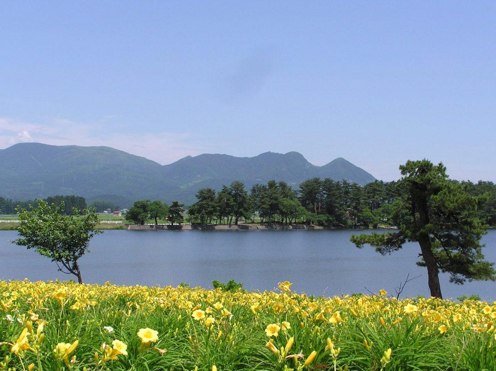 徳良湖 | ステーキ&洋食レストラン徳良湖